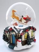 """Снежный шар музыкальный """"Санта в упряжке с оленем"""", диаметр 10 см."""